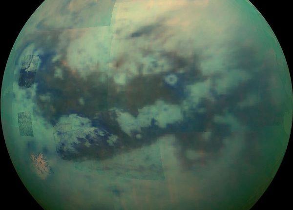 спутник Титан