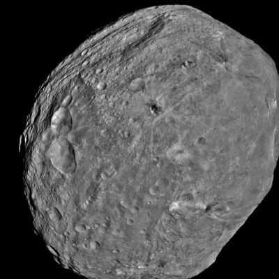 Воду на Землю принесли метеориты