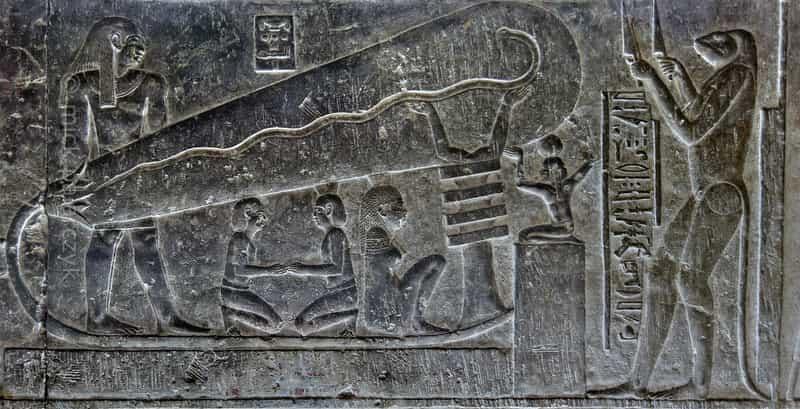 древняя лампа Египта