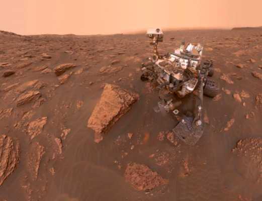 селфи Куриосити на Марсе