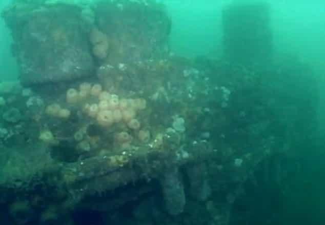 Подводный паровоз. Из открытых источников.